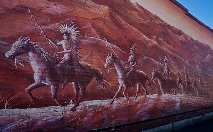 mural m