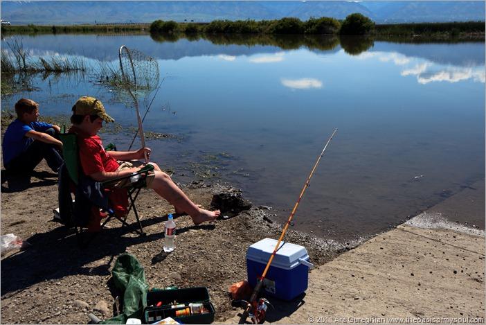 kids fishing-2