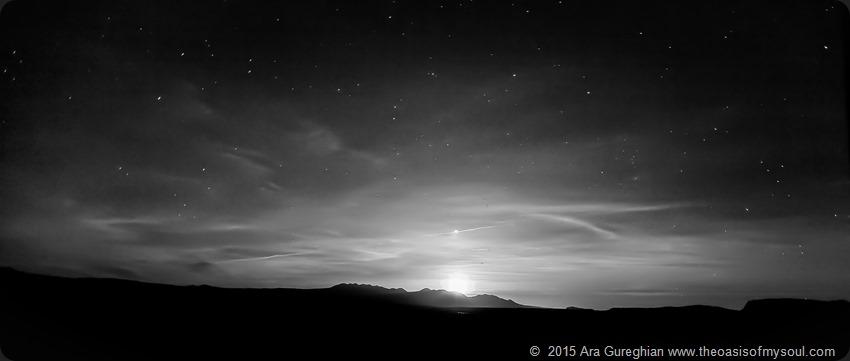 Moon rising..._-3 x